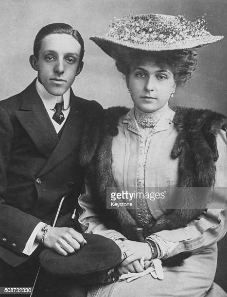 Portrait of King Alfonso XIII and Queen Victoria Eugenie of Spain in a picture taken by Mullins of Ryde in April 1906