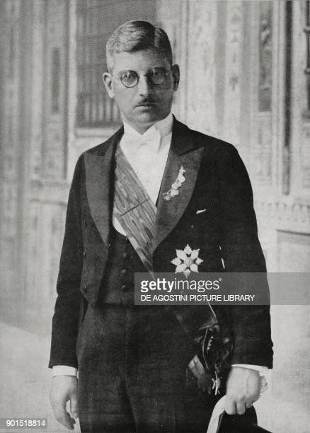 Portrait of Kurt Schuschnigg Chancellor of Austria from 1934 to 1938 photo by Felici from L'illustrazione Italiana year LXI n 31 August 5 1934