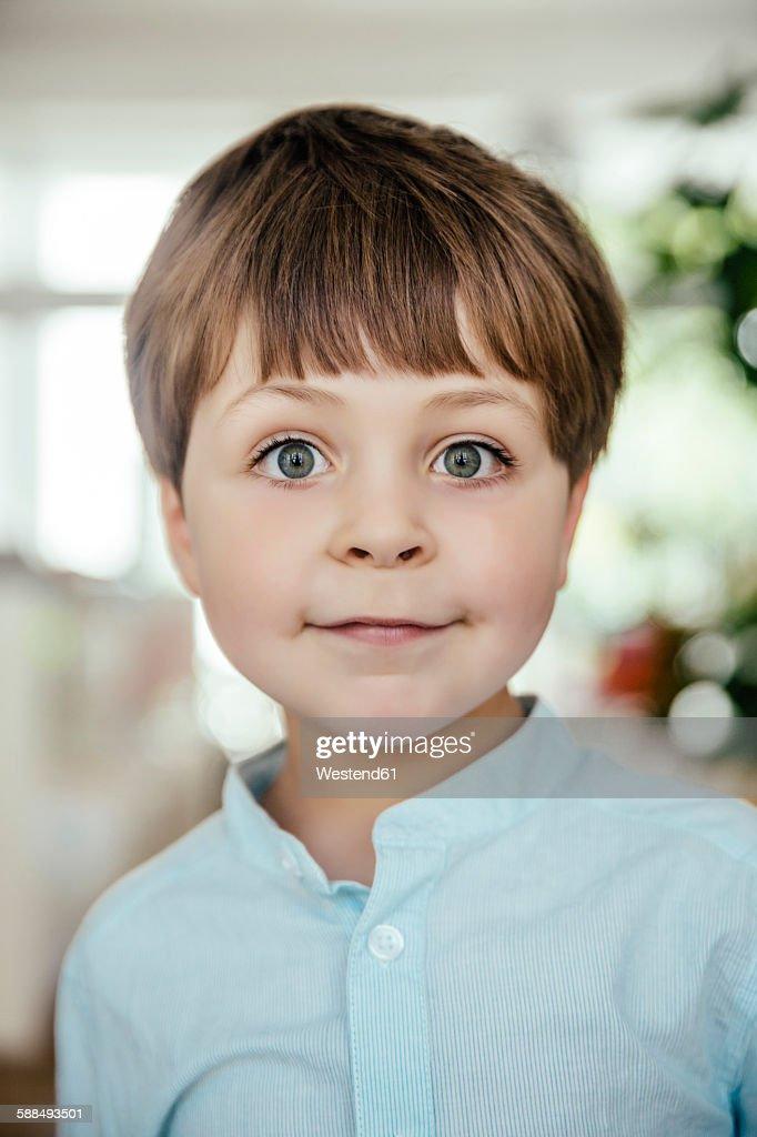 Portrait of little boy : Stock-Foto