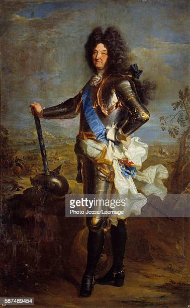Portrait of Louis XIV in armor Painting by Hyacinthe Rigaud 1701 Oil on canvas 238 x 140 m Prado Museum Madrid