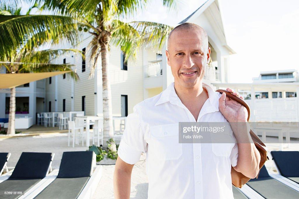 Portrait of man in tourist resort : Stock-Foto