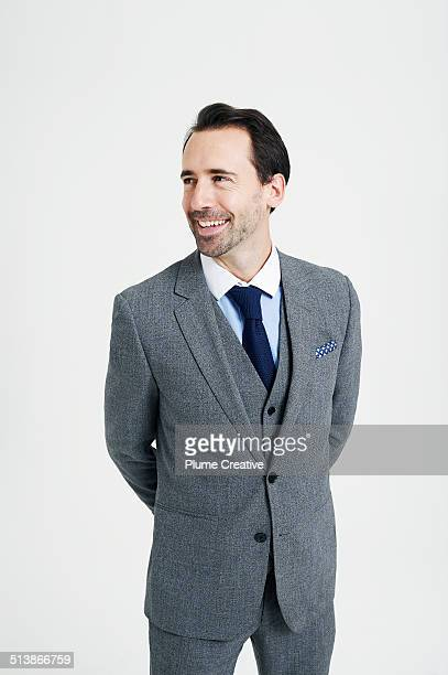 portrait of man - three quarter length stock pictures, royalty-free photos & images