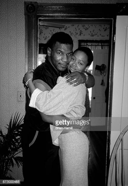 Portrait of married American couple boxer Mike Tyson and actress Robin Givens New York 1987