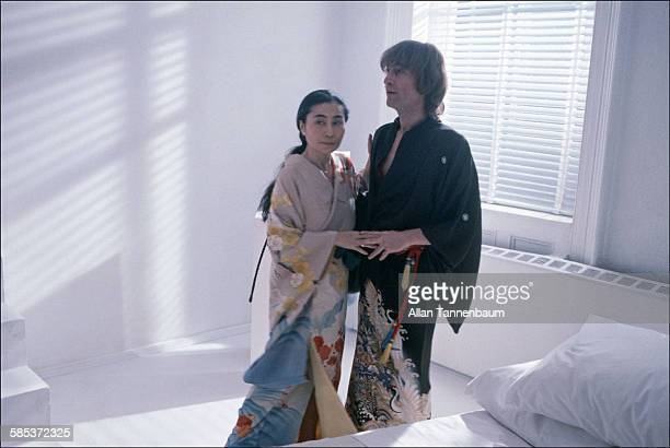 15 Lennon Ono In Kimonos Photos And Premium High Res Pictures Getty Images