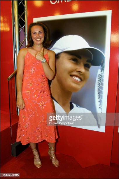 Portrait of Martina Hingis Ambassadress of the new Swatch