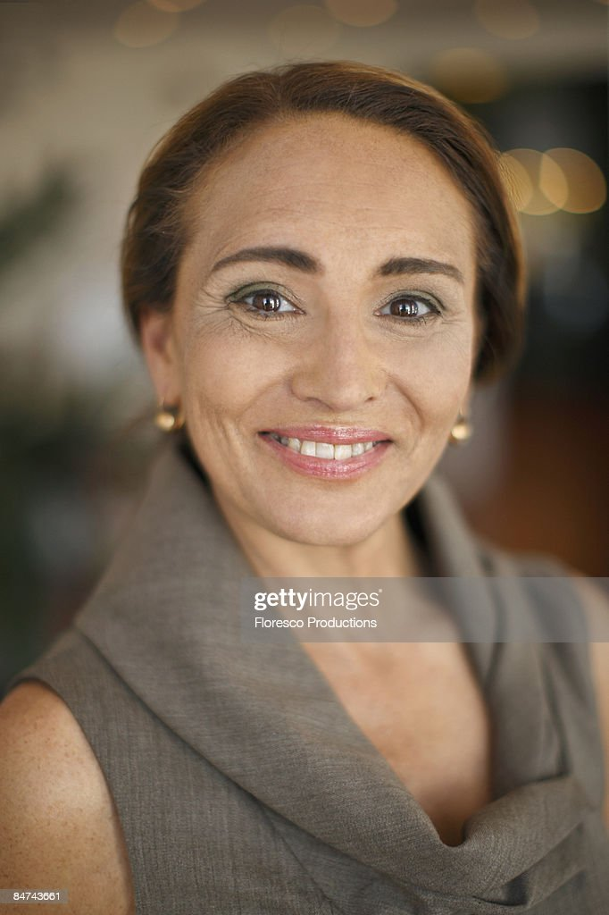 Portrait of mature businesswoman : Bildbanksbilder