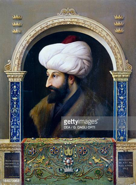 Portrait of Mehmed II, the Conqueror , Sultan of the Ottoman Empire, painting by Gentile Bellini , 1480. Istanbul, Topkapi Sarayi Muzesi