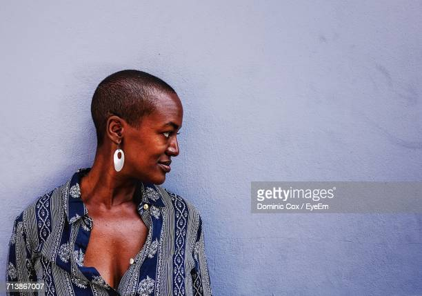 portrait of mid adult woman - shaved head stock pictures, royalty-free photos & images