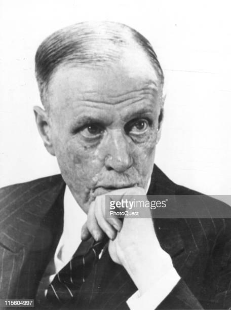 Portrait of Nobel Prizewinning author Sinclair Lewis late 1940s