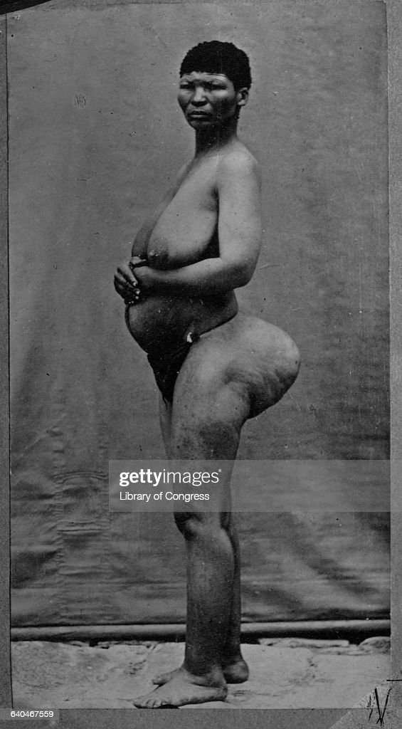 Portrait Of Nude African Woman With Out-Sized Buttocks -8864