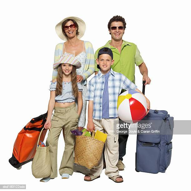 portrait of parents and children on vacation - travel14 stock pictures, royalty-free photos & images