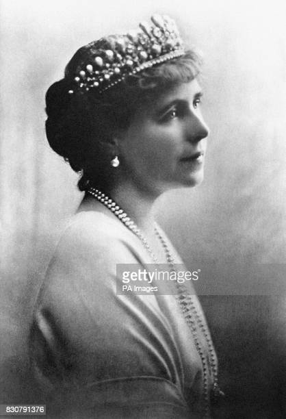 Portrait of Queen Marie of Romania c1916. Queen Marie was one of the most admired beauties of the European royal families in the early 20th century....