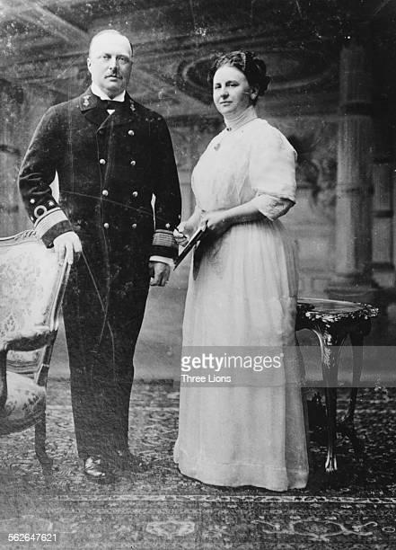 Portrait of Queen Wilhelmina of the Netherlands and her husband Prince Regent Hendrijk 1911