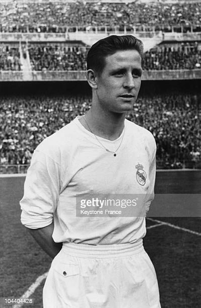 Portrait of Raymond KOPA when he was a member of the Sport Union from Noeux-les-Mines, Nord-Pas-de-Calais . He played for the Real Madrid from 1956...