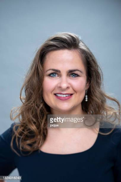 portrait of real woman, happy with smile - mug shot stock pictures, royalty-free photos & images