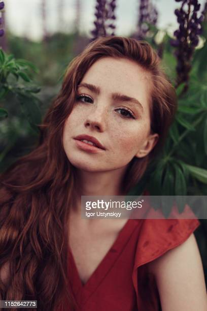 portrait of redheaded young woman - no make up stock pictures, royalty-free photos & images