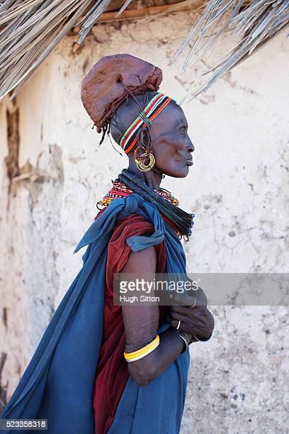 portrait of rendille tribeswoman - hugh sitton bildbanksfoton och bilder