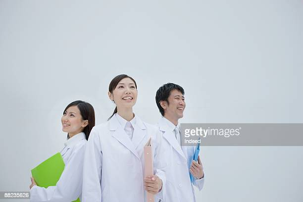 Portrait of reserch scientists, smiling
