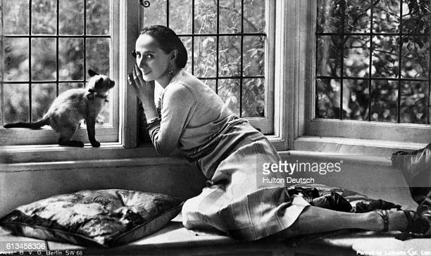 Portrait of Russian ballerina Anna Pavlova at her home in London