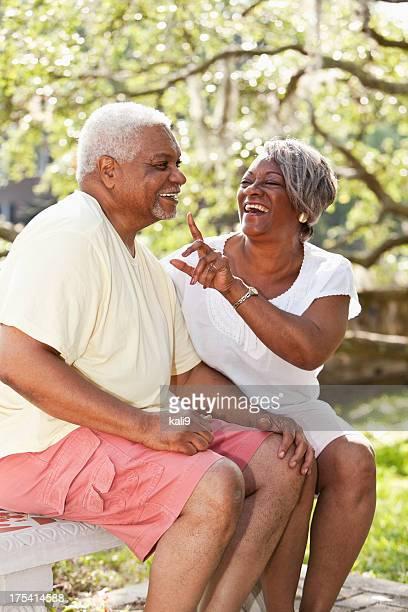 Retrato de Casal de idosos africano