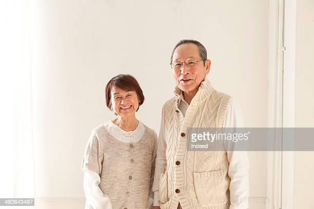 portrait of senior couple - 60代 ストックフォトと画像