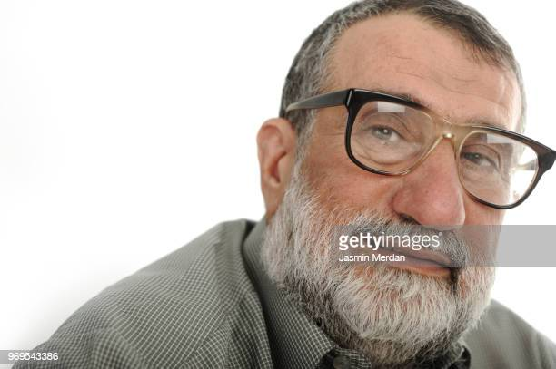 portrait of senior man - jordanian workforce stock pictures, royalty-free photos & images