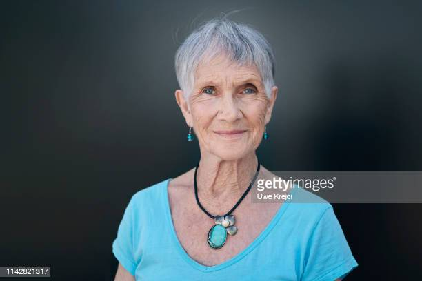 portrait of senior woman - 80 89 years stock pictures, royalty-free photos & images