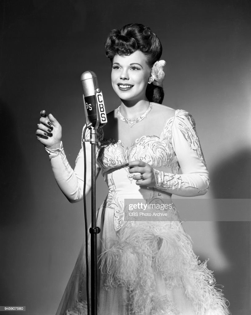 Joan Edwards (radio singer)