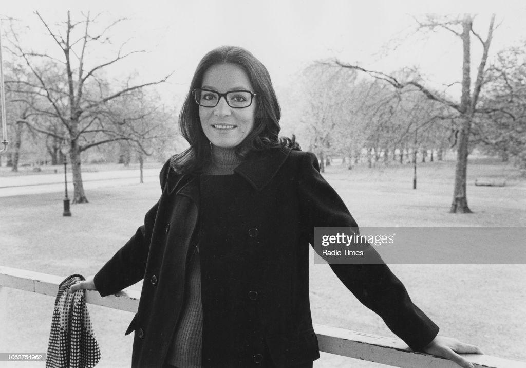 Nana Mouskouri : Photo d'actualité