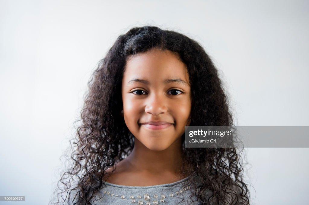 Portrait of smiling Mixed Race girl : Foto de stock