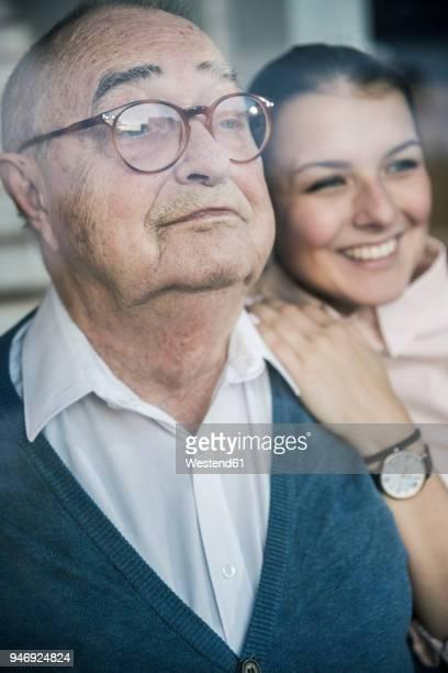 Mann junge frau alter Alter Mann,