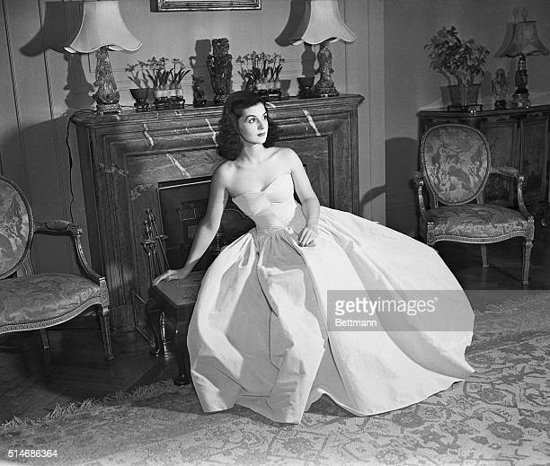 A portrait of socialite Brenda Frazier Kelly ChatfieldTaylor whose name was once synonymous with glittering debutante balls ChatfieldTaylor died of...