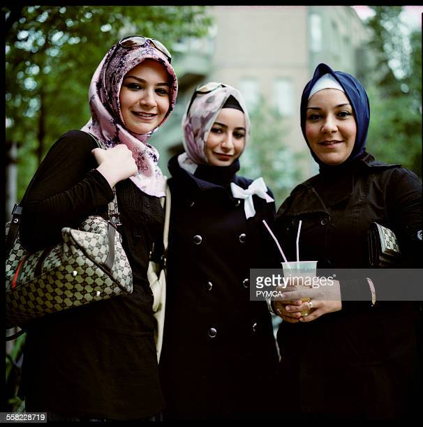 Portrait of some Turkish girls in Kreuzberg
