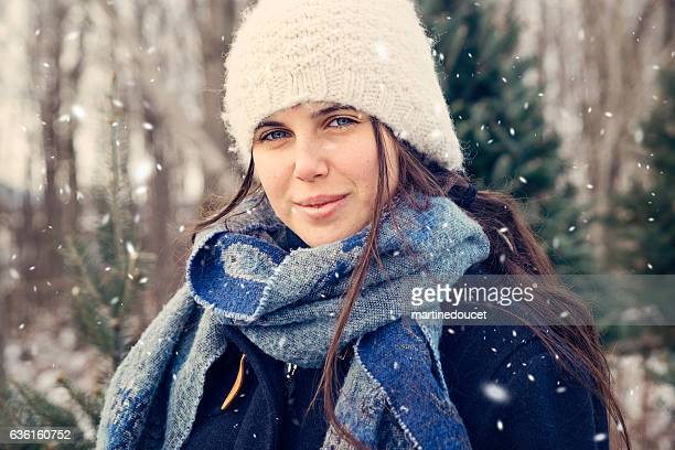 "portrait of teenage girl enjoying leisure time outdoor in snow. - ""martine doucet"" or martinedoucet stock-fotos und bilder"