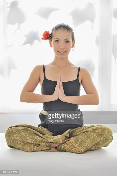 portrait of thai massage teacher - 日本人のみ ストックフォトと画像