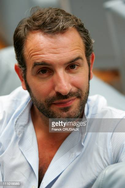 Portrait of the actor Jean Dujardin during the premiere of the film '99 francs' in Lille France on September 7th 2007