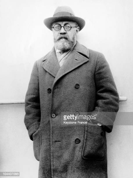 Portrait of the French painter Henri MATISSE. The painter went to the United States and Tahiti that year.