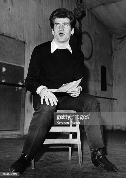 Portrait of the French singer from the group LES CHAUSSETTES NOIRES, Eddy MITCHELL, in a rehearsal session.