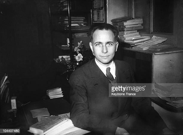 Portrait of the French writer and poet Louis ARAGON, then aged 39, on December 9, 1936. He was the new laureate of the Prix Renaudot, an award which...