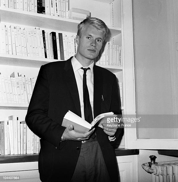 Portrait of the French writer Jean-Marie Gustave Le Clezio, 23 years old. His first novel, THE REPORT, pushed him into the running for the Goncourt...