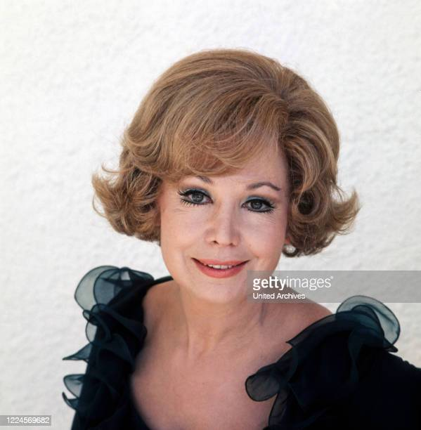 Portrait of the German opera singer Anneliese Rothenberger to shoot a song with the German pop singer Costa Cordalis 1970s