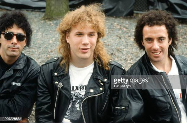 Portrait of The Jeff Healey Band, Jeff Healey, Joe Rockman, Tom Stephen, backstage, Torhout/Werchter Festival, Werchter, Belgium, 8 July 1990.