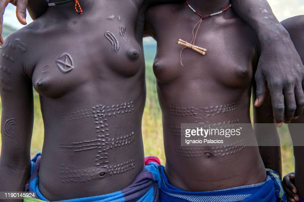 Nude tribes