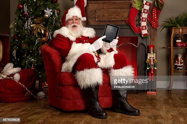 Retrato do Pai Natal Real exploração tablet digital