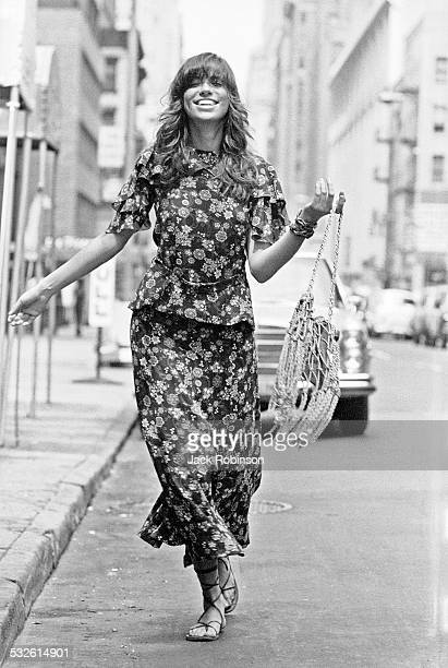 Portrait of the singer Carly Simon July 1971
