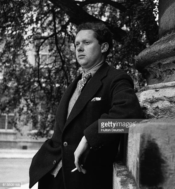 A portrait of the Welsh poet and playwright Dylan Thomas 1946 | Location outdoors