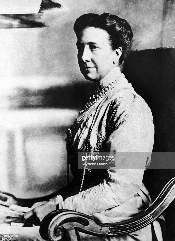 Queen Victoria Of Sweden Around 1920-1029 : News Photo
