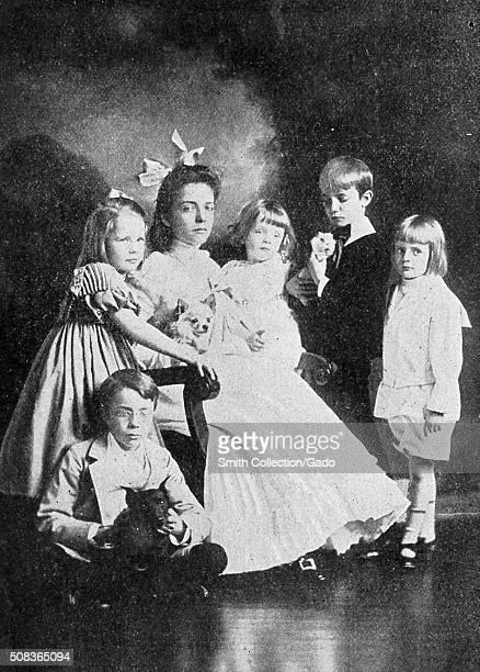 Portrait of Theodore Roosevelt's children from left Theodore Roosevelt Junior sitting Ethel Roosevelt Derby Alice Roosevelt Longworth Quentin...
