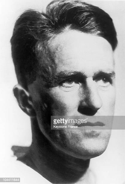 Portrait of Thomas Edward LAWRENCE also known as LAWRENCE OF ARABIA After having participated to the uprising of the Arabs against the Turks during...