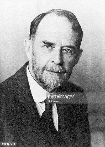 Portrait of Thomas Hunt Morgan, American Nobel Prize Laureate in Medicine . Undated photograph.